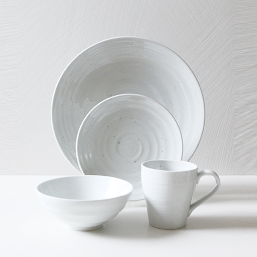 Casual line Dinnerware, Snow Flower 4 Piece Place Setting