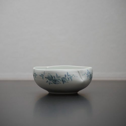 GAON_White porcelain Bulsookwa(chayote) pattern Bowl